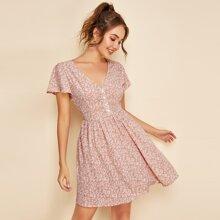 Kleid mit V Kragen, Knopfen vorn und Bluemchen Muster