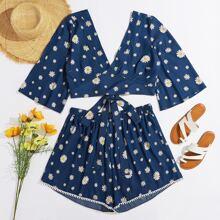 Denim Top mit Blumen Muster, Band hinten und Denim Shorts