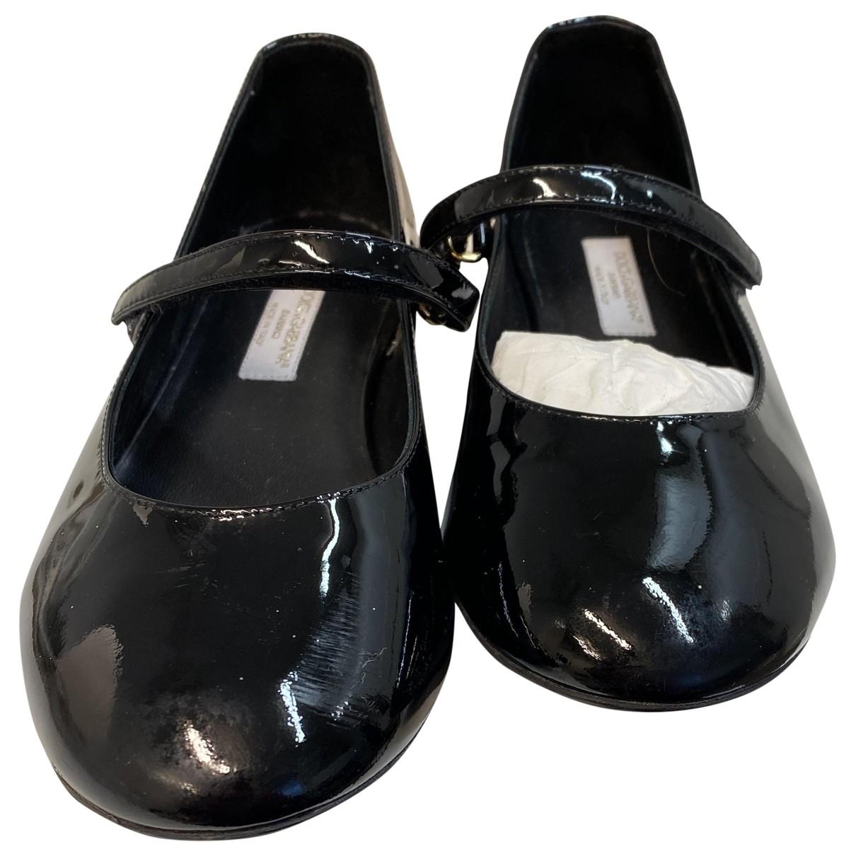 Dolce & Gabbana \N Ballerinas in  Schwarz Lackleder