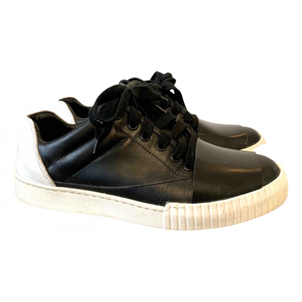 Marni \N Sneakers in  Schwarz Leder