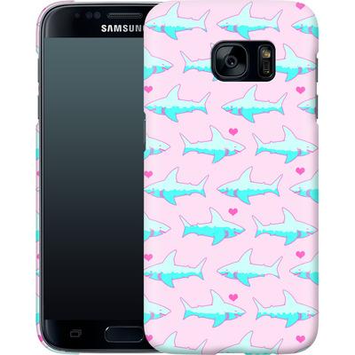 Samsung Galaxy S7 Smartphone Huelle - Sharks and Hearts von caseable Designs