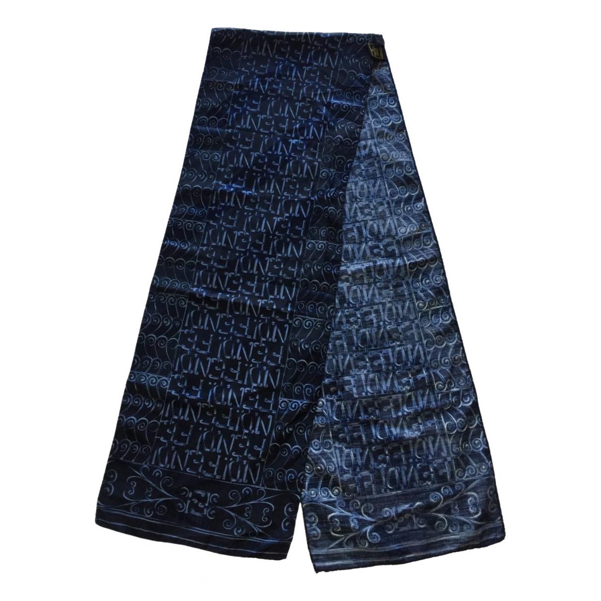 Fendi \N Blue Silk scarf & pocket squares for Men \N