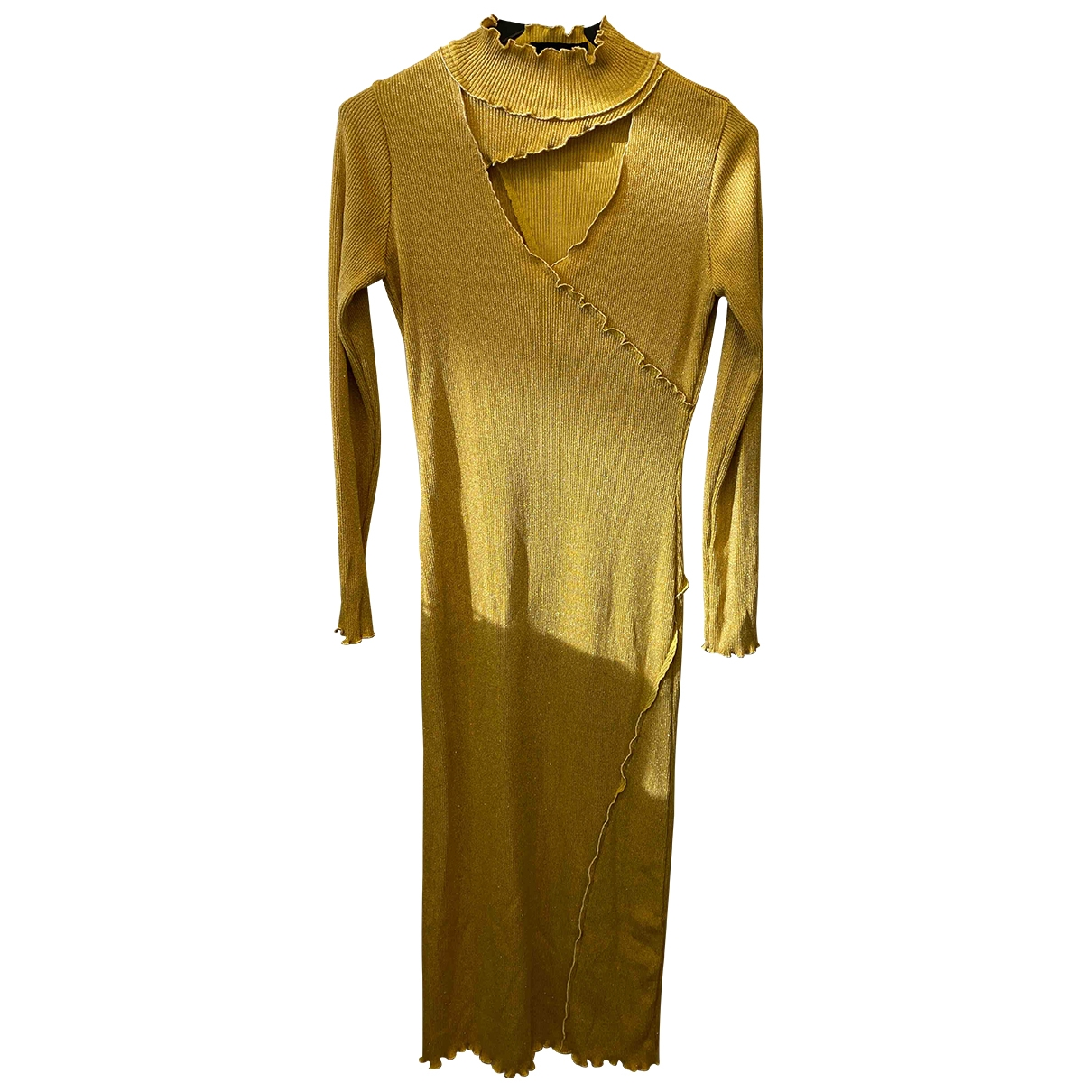 Non Signe / Unsigned \N Kleid in  Gold Viskose