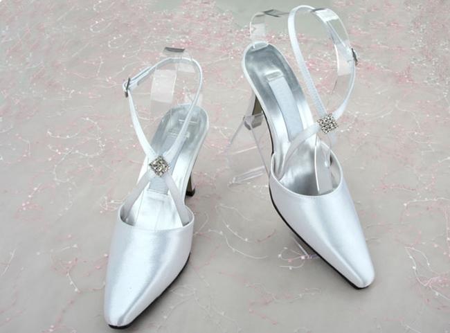 Vogue Point Toe Slinback Strap Satin Wedding Shoes