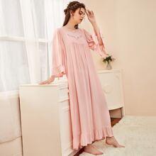 Contrast Lace Flounce Sleeve Night Dress
