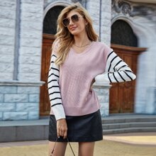 Pullover mit Streifen Muster, V-Kragen und sehr tief angesetzter Schulterpartie