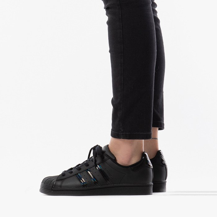 adidas Originals Superstar J FV3140