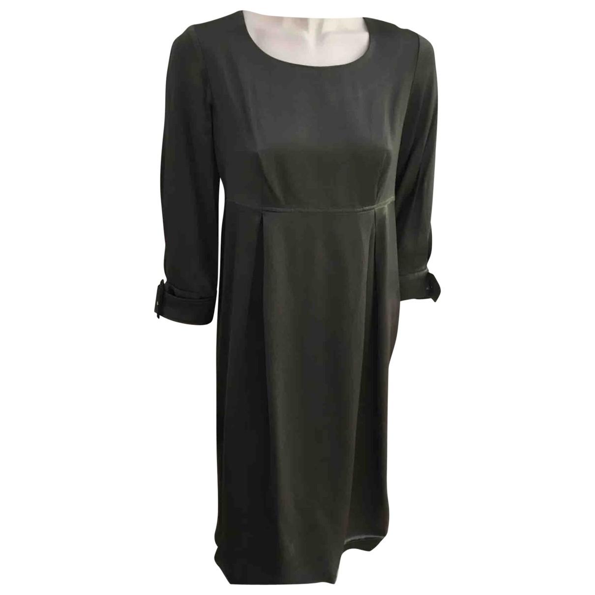 Burberry \N Kleid in  Khaki Synthetik