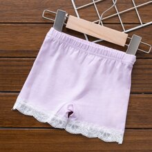 Shorts interior de niñitas con encaje en contraste