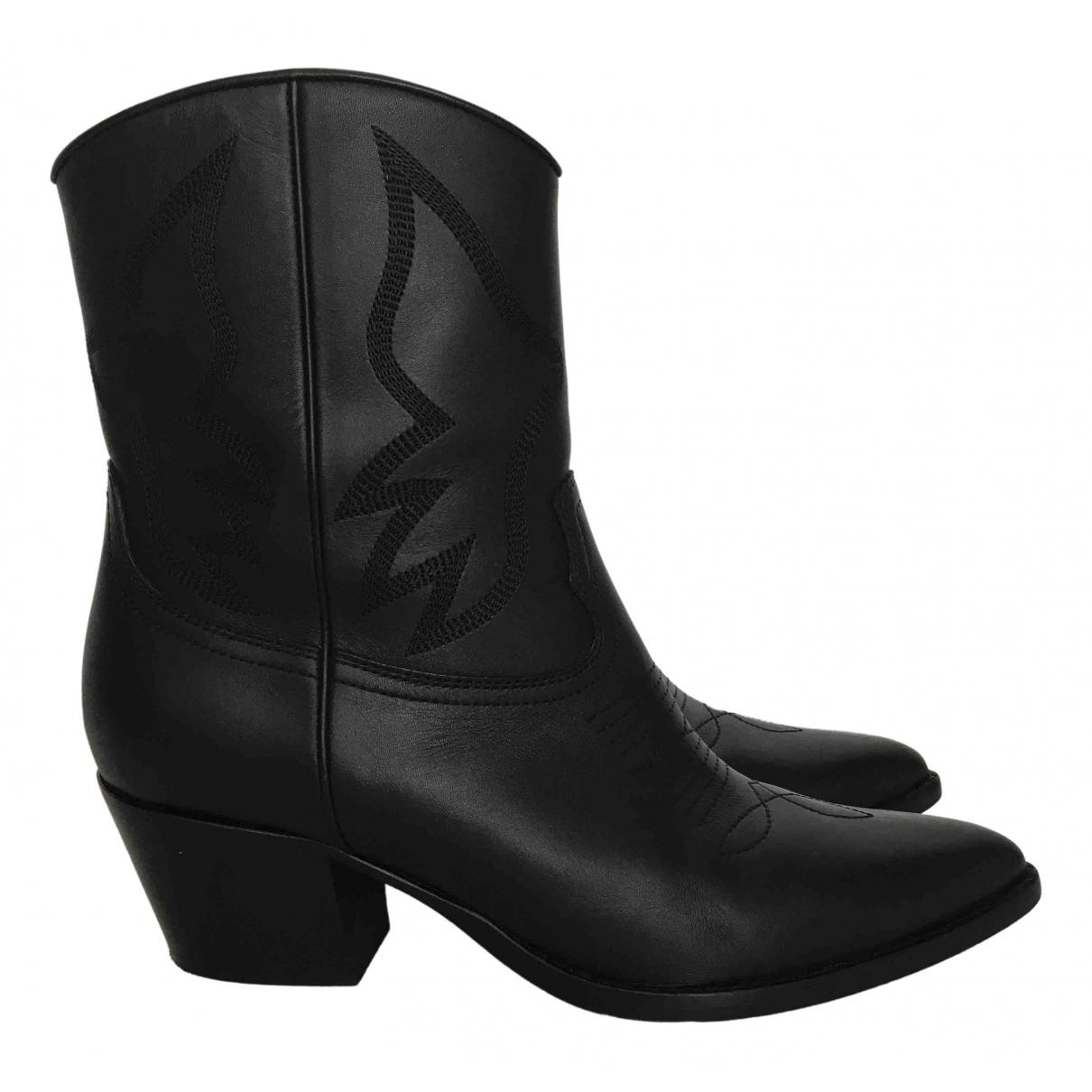 Valentino Garavani \N Black Leather Ankle boots for Women 39.5 EU