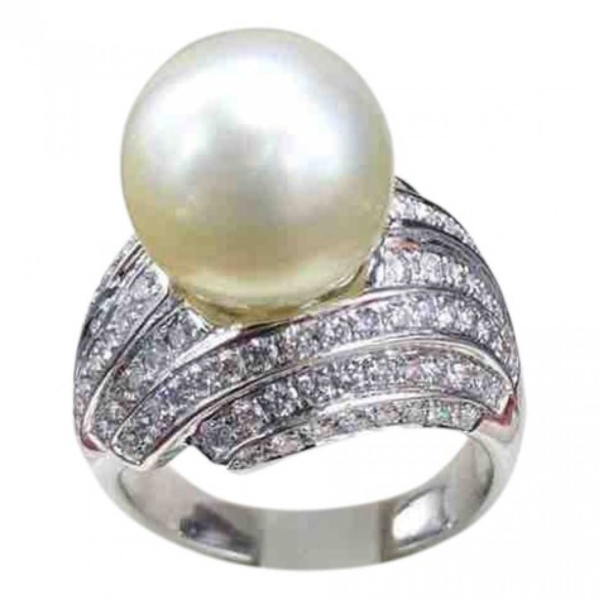 Non Signe / Unsigned Nacre Ring in  Silber Weissgold