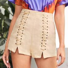 Shorts mit Ose und Band