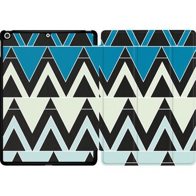 Apple iPad 9.7 (2017) Tablet Smart Case - Blue Triangles von caseable Designs