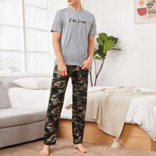 Top mit Buchstaben Grafik & Hose mit Camo Muster Schlafanzug Set