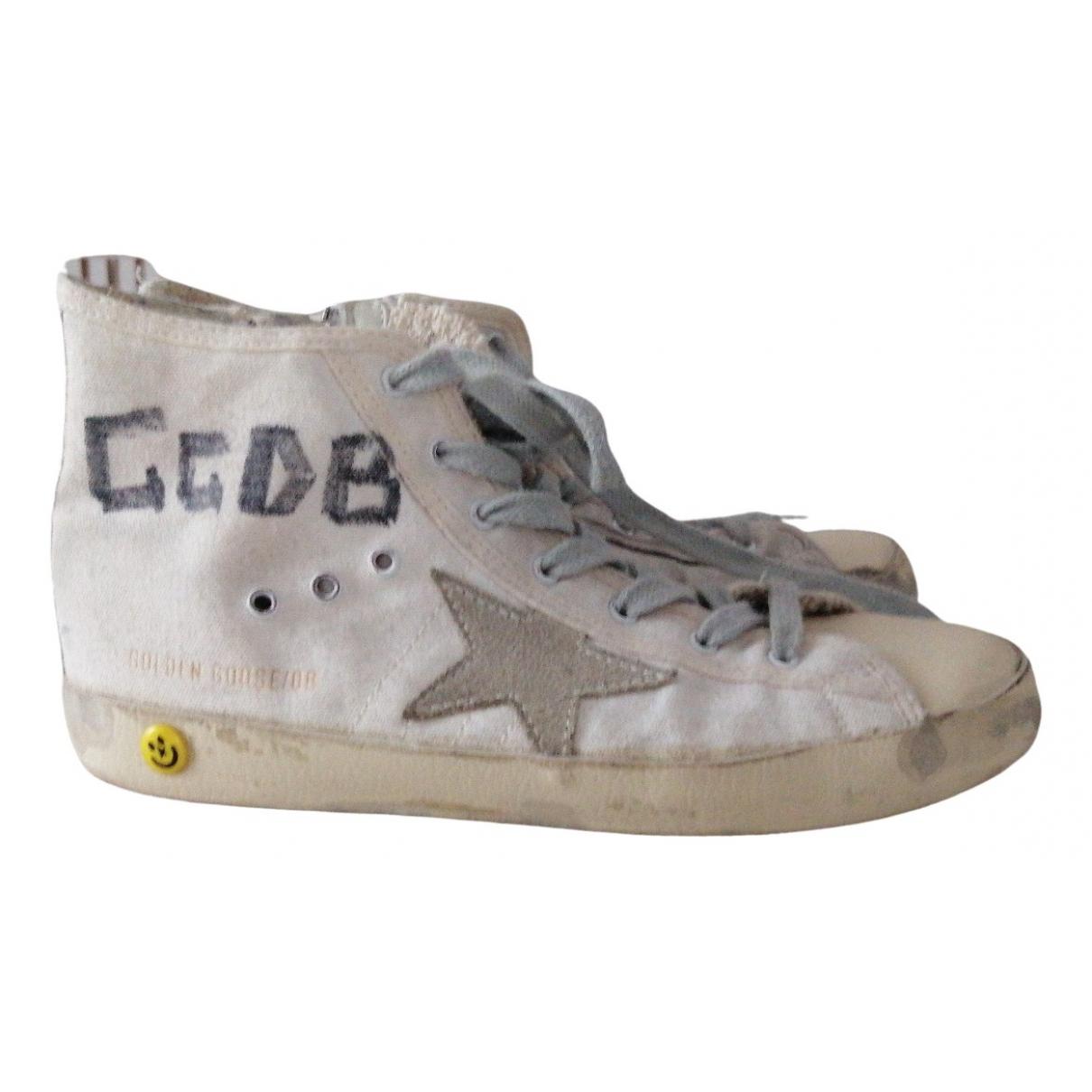 Golden Goose Mid Star Sneakers in  Weiss Leinen