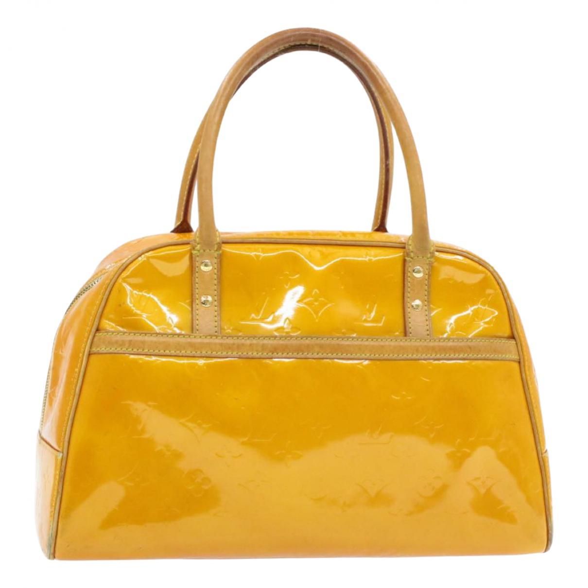 Louis Vuitton Tompkins Square  Yellow Patent leather handbag for Women \N