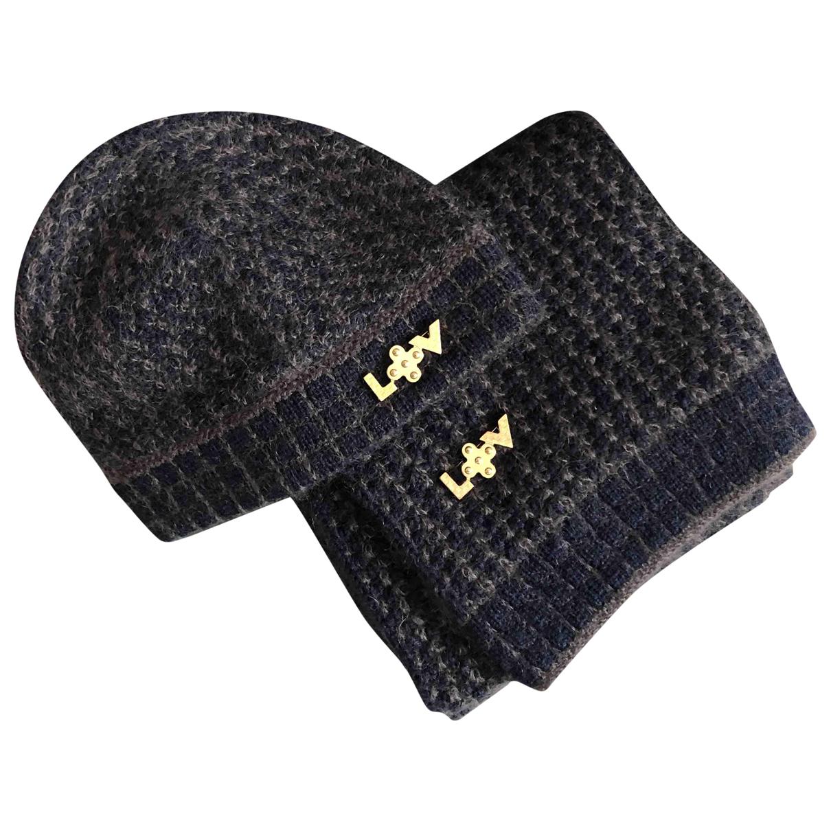 Louis Vuitton \N Multicolour Wool hat for Women M