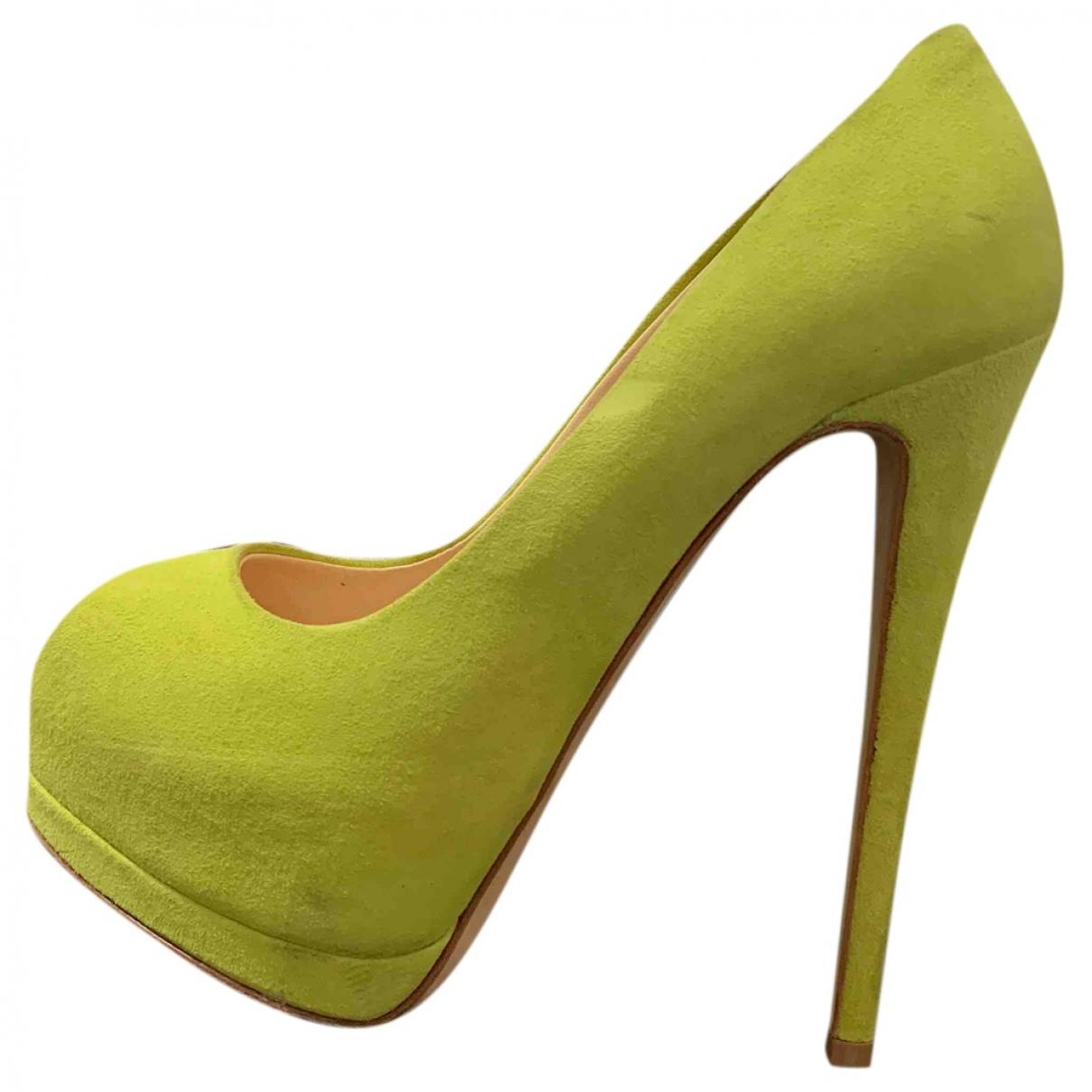 Giuseppe Zanotti \N Green Suede Heels for Women 37 EU