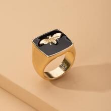 Bee Decor Ring