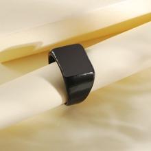 Maenner schwarzer flache Ring