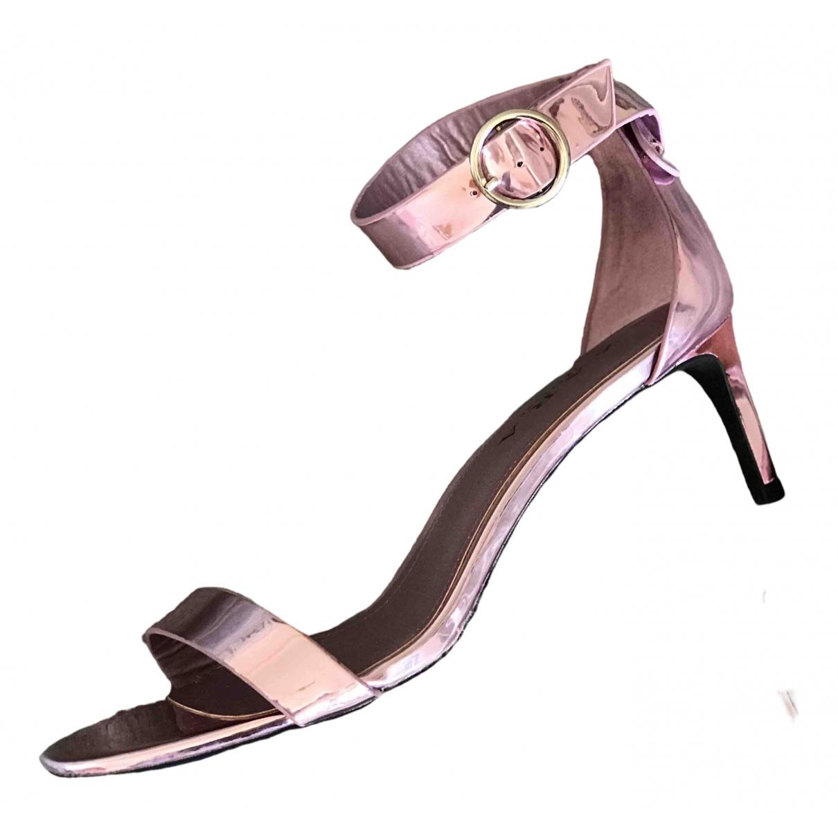 Zara \N Sandalen in  Metallic Lackleder