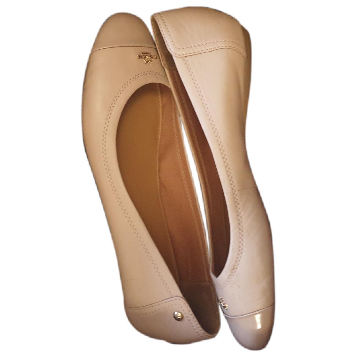 Coach \N Beige Leather Ballet flats for Women 42 EU