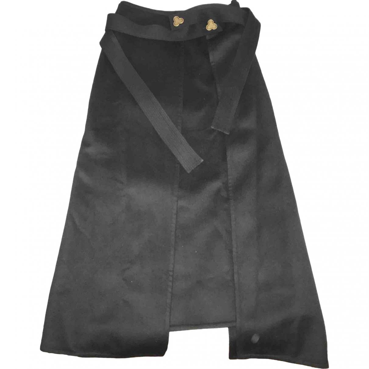 Loewe \N Rocke in  Schwarz Wolle