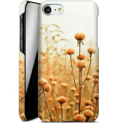 Apple iPhone 7 Smartphone Huelle - Daybreak In The Meadow von Joy StClaire
