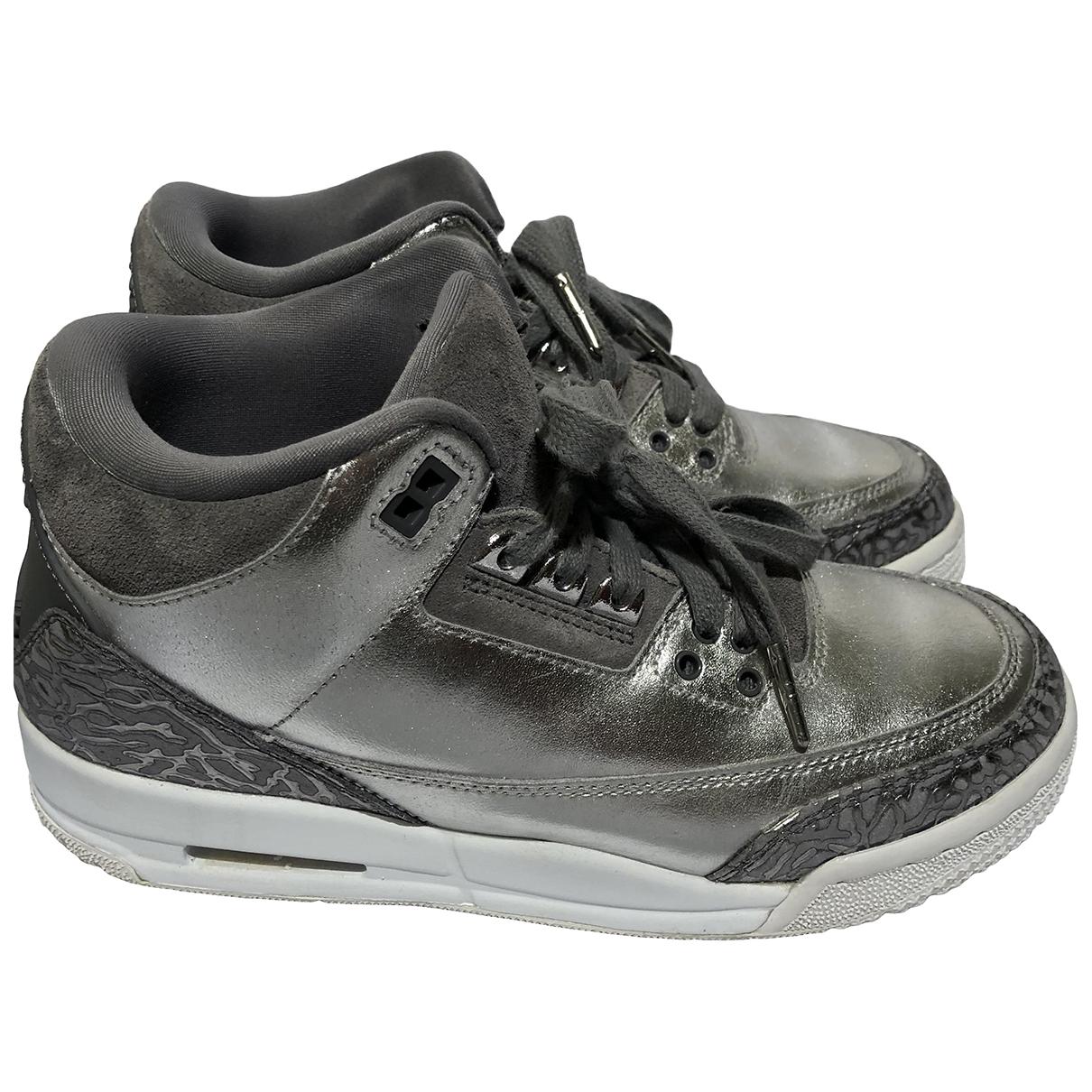 Jordan - Baskets Air Jordan 3 pour femme en cuir - argente