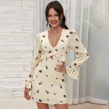 Double Crazy Kleid mit Raffungsaum und Blumen Muster