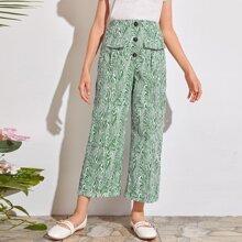 Pantalones con estampado de pierna ancha con bolsillo con solapa con boton delantero