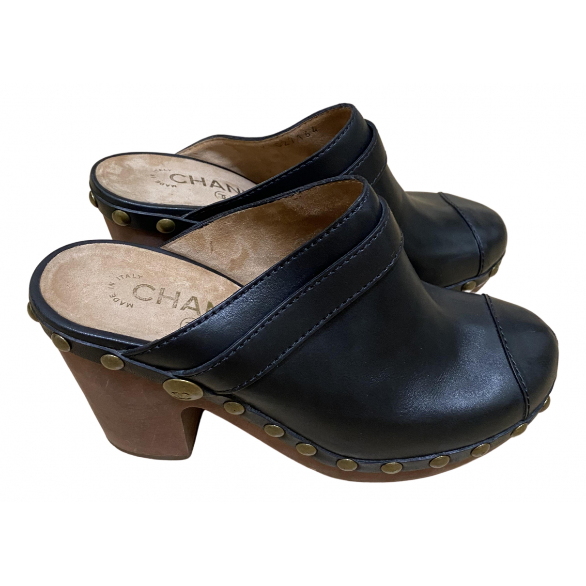 Chanel \N Black Leather Mules & Clogs for Women 37.5 IT