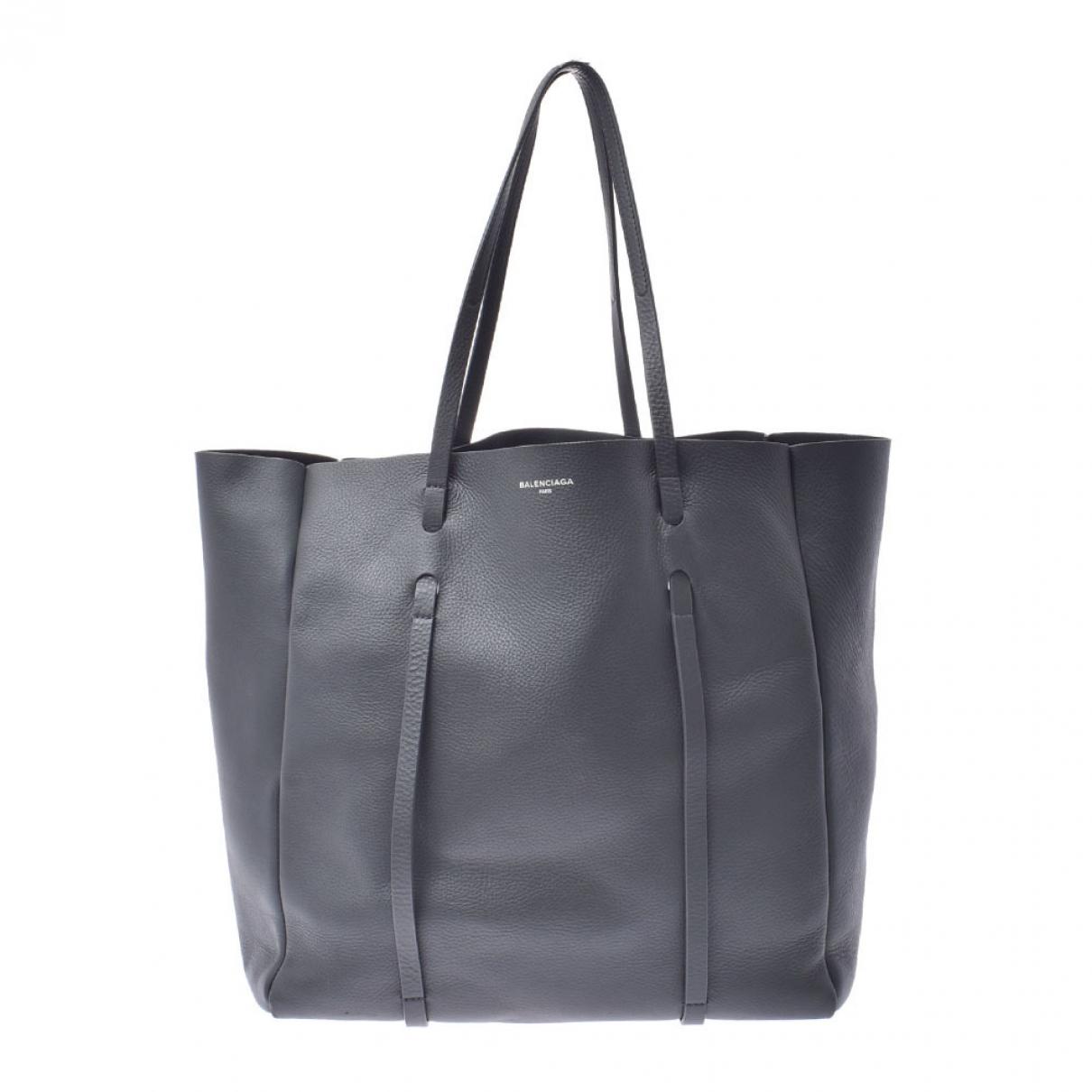 Balenciaga Eveyday Cabas Handtasche in  Grau Leder