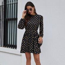 Kleid mit Band hinten, Stehkragen und Punkten Muster