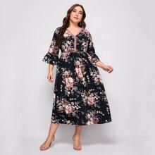 Kleid mit Blumen Muster und Guipure Spitzen Einsatz