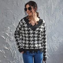 Raglan Sleeve Distressed Trim Houndstooth Sweater