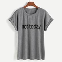Boyfriend T-Shirt mit Buchstaben Grafik und gerollten Ärmeln