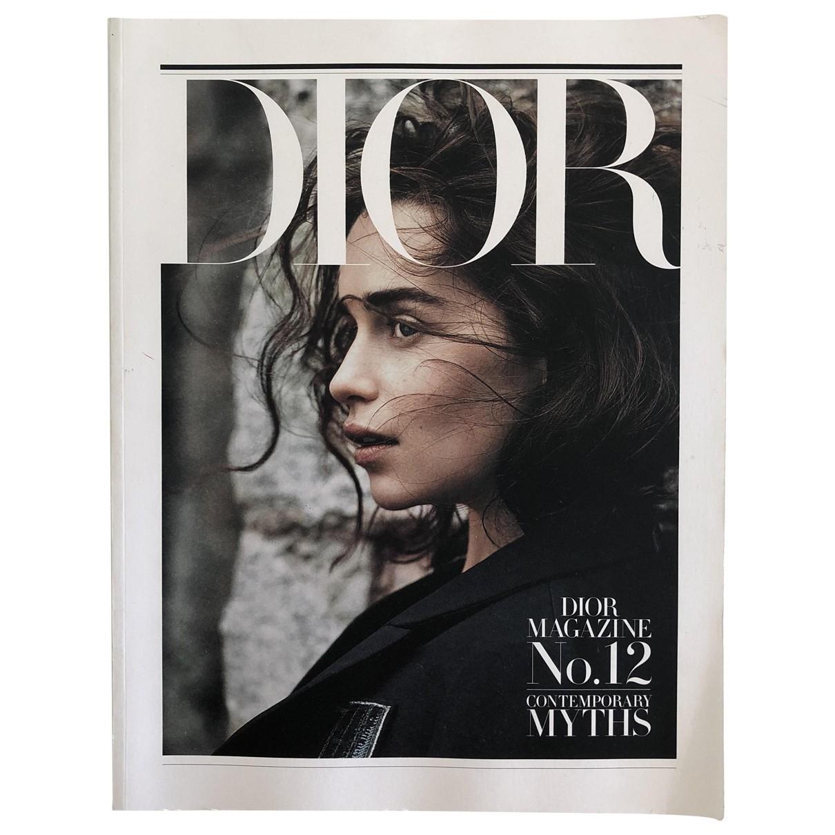 Dior - Photographie   pour lifestyle en bois - multicolore