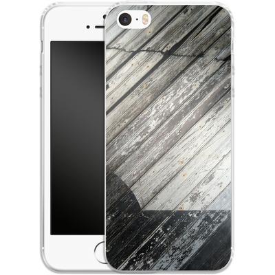 Apple iPhone 5 Silikon Handyhuelle - Diagonal Wood von Brent Williams