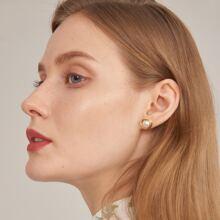 Faux Pearl Round Stud Earrings
