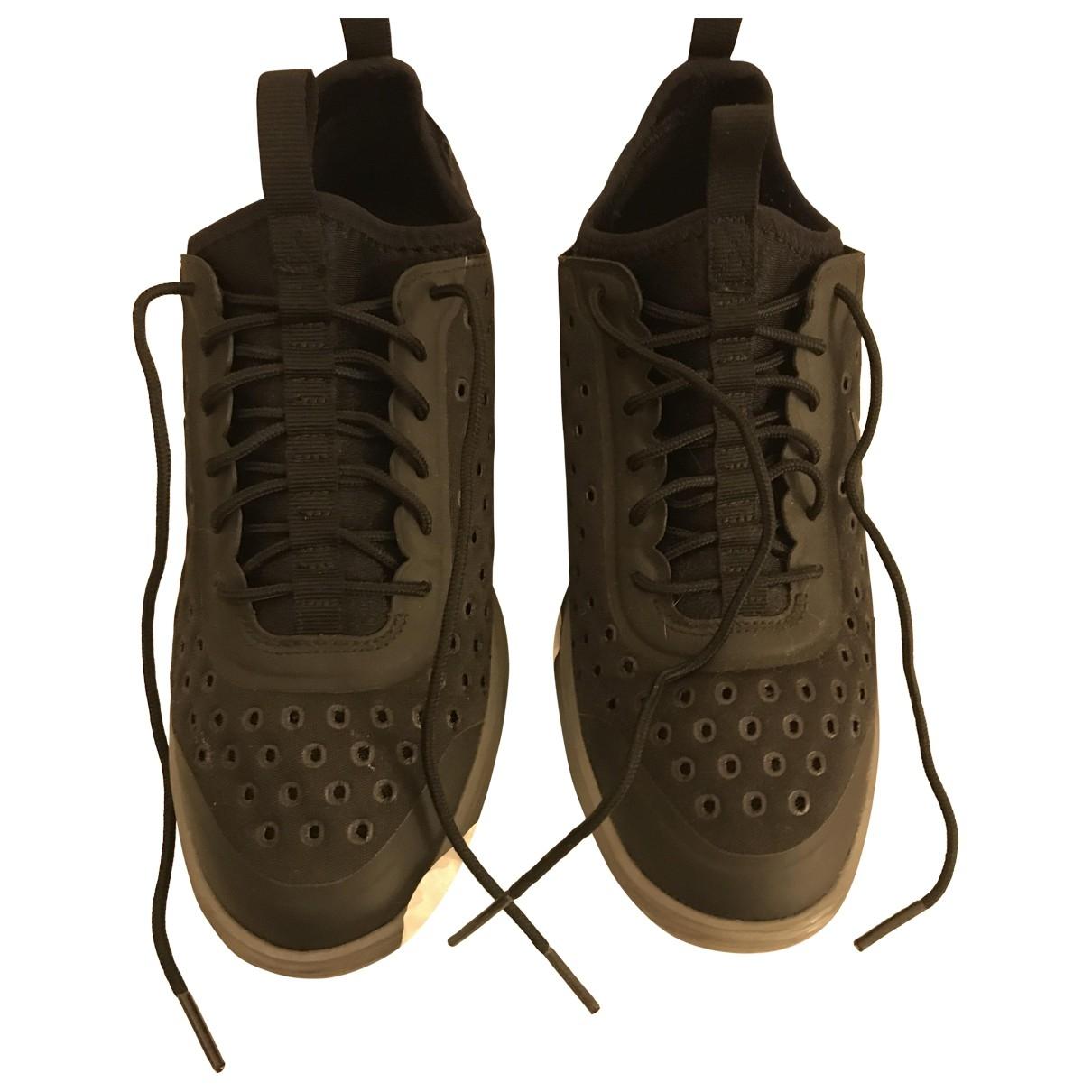 Nike \N Black Cloth Trainers for Women 37.5 EU