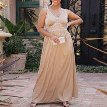 Satin Kleid mit Strass und Band Detail