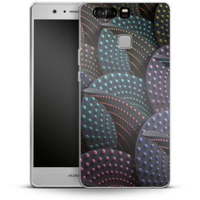 Huawei P9 Silikon Handyhuelle - Green Spiral Pattern von Danny Ivan