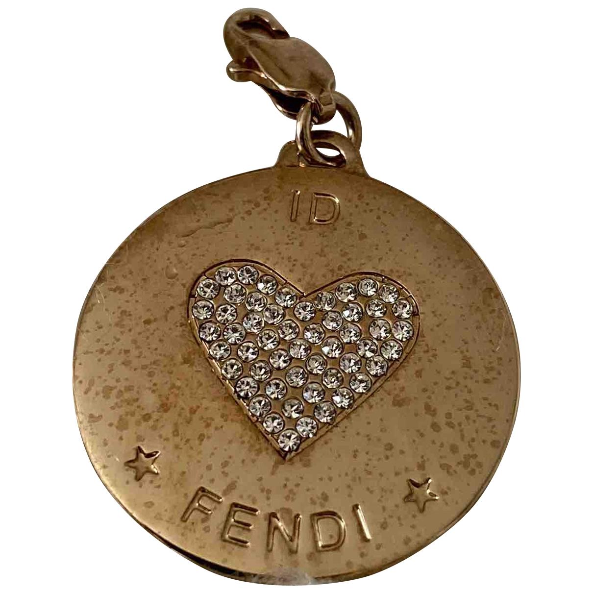 Fendi \N Gold Steel pendant for Women \N