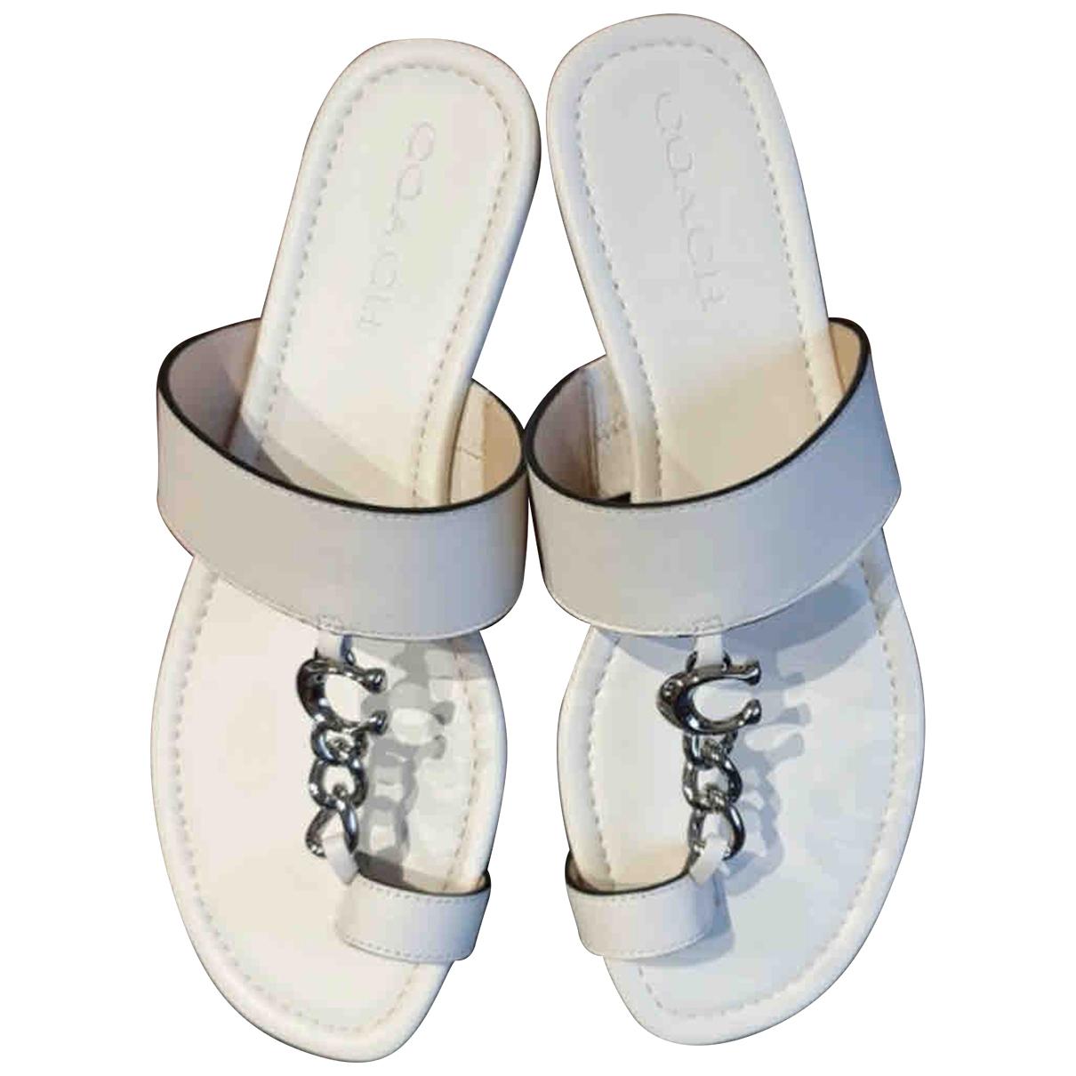 Sandalias romanas de Cuero Coach