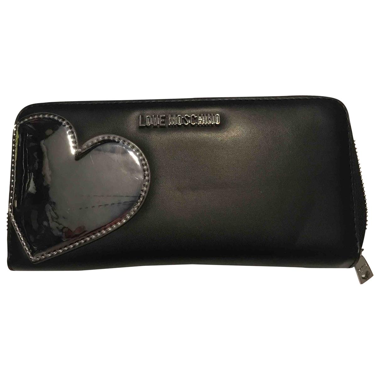 Moschino Love \N Portemonnaie in  Schwarz Leder