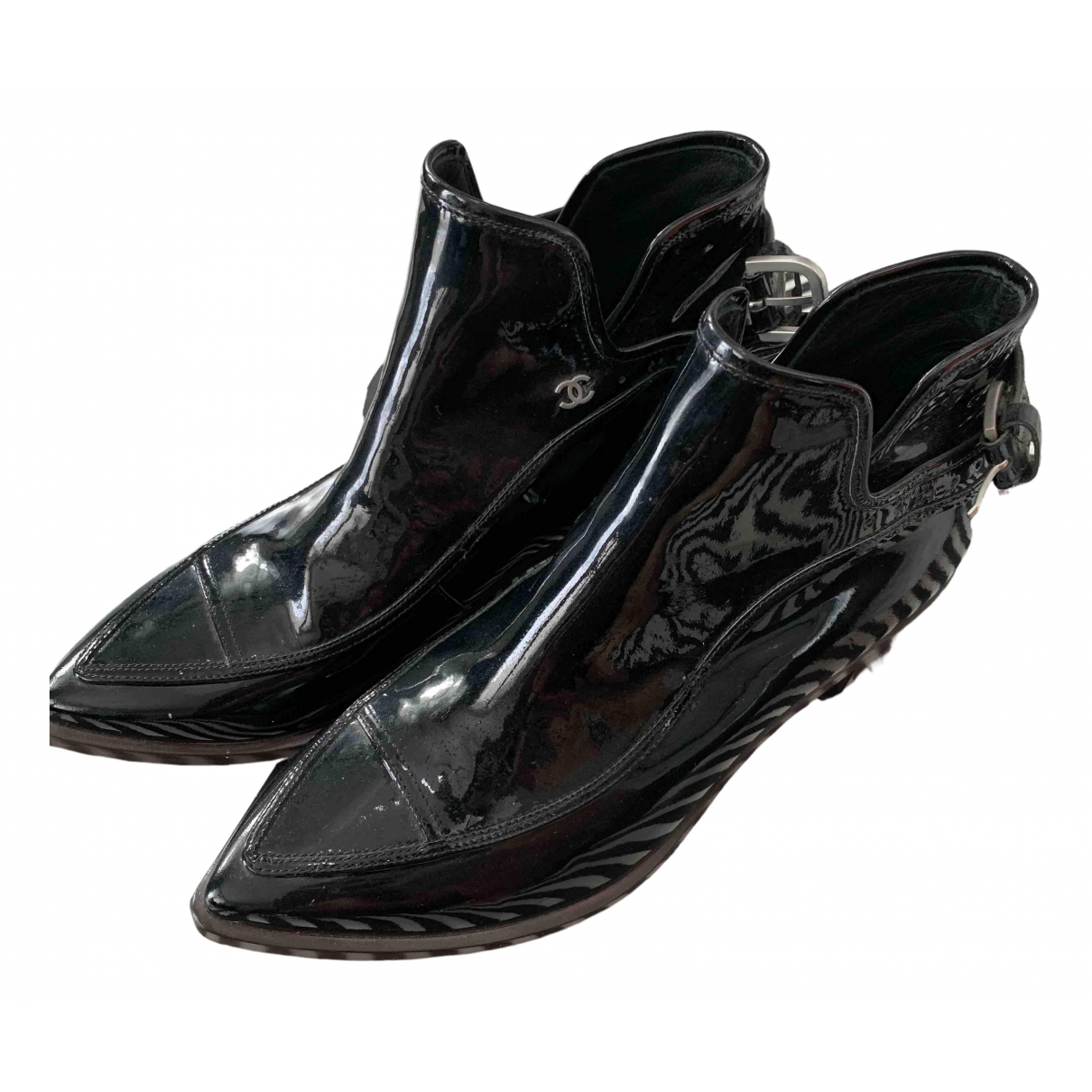 Chanel \N Black Patent leather Ankle boots for Women 37.5 EU