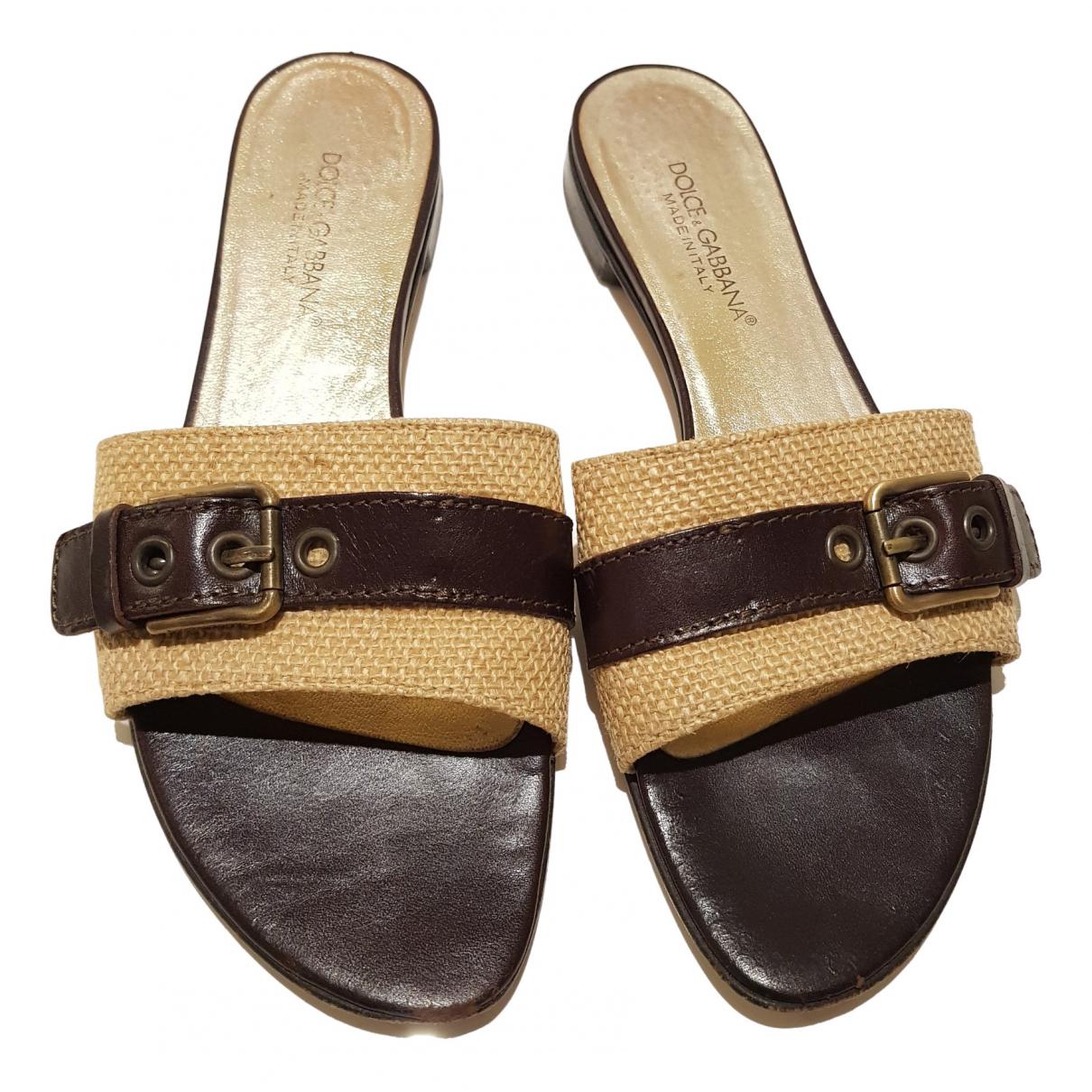 Dolce & Gabbana \N Sandalen in  Braun Leinen