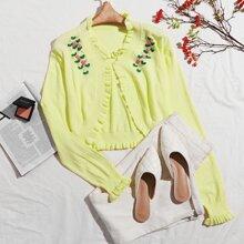 Cardigan con bordado floral con boton amarillo neon