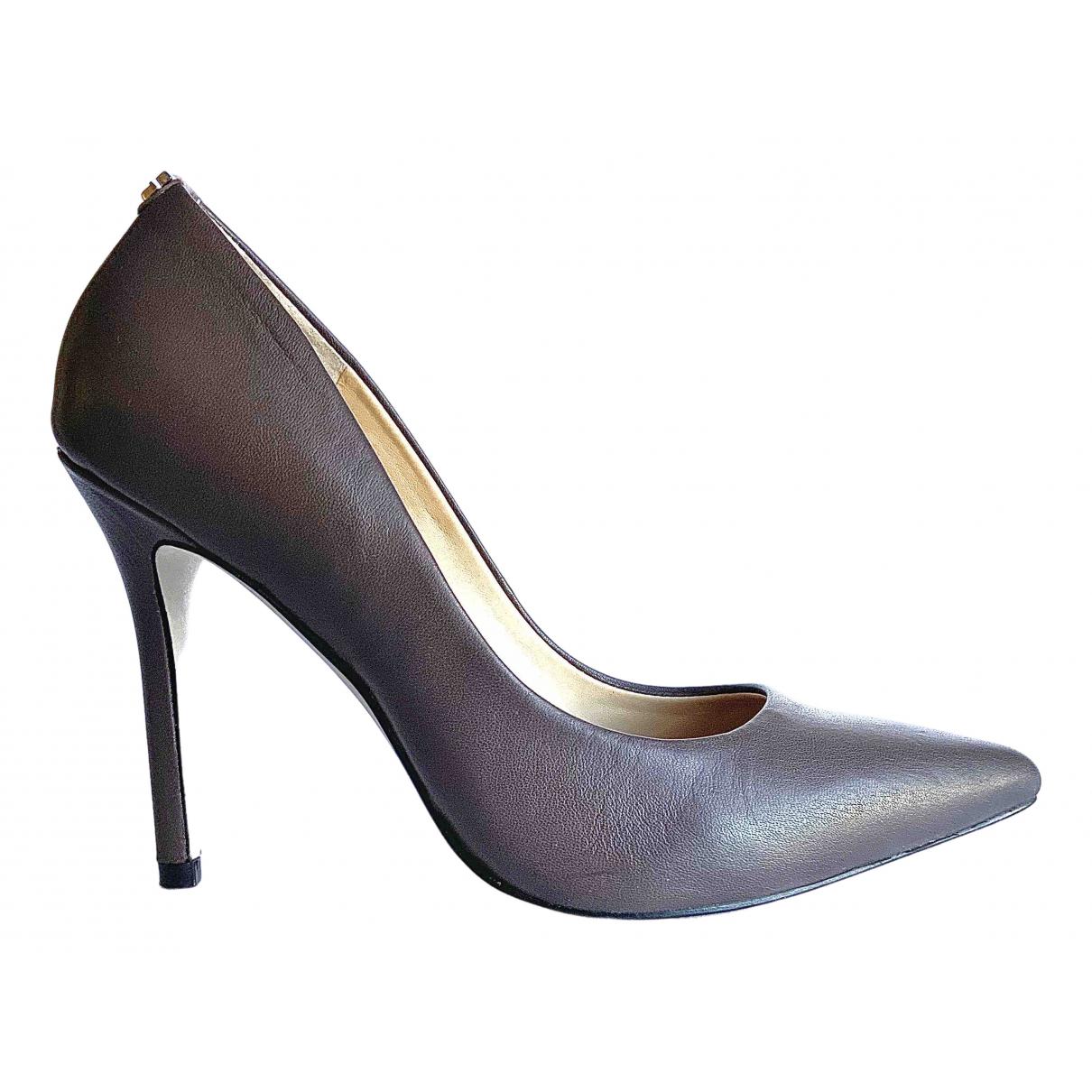 Guess \N Grey Leather Heels for Women 36 EU